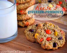 Reese's {Freezer-Friendly} Oatmeal Cookies Recipe - Mom On Timeout Freezer Cookies, Oatmeal Cookie Recipes, Oatmeal Cookies, Fun Desserts, Delicious Desserts, Yummy Food, Christmas Desserts, Christmas Stuff, Fun Food