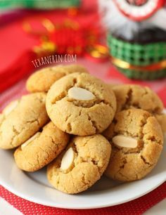 Grain-free Chinese Almond Cookies Gluten-free Paleo and Vegan Guest Post by Texanerin for Tasty Yummies Gluten Free Almond Cookies, Almond Meal Cookies, Paleo Cookies, Gluten Free Sweets, Paleo Sweets, Paleo Dessert, Gluten Free Baking, Vegan Desserts, Gluten Free Recipes