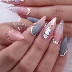 Nails french stiletto bling new ideas Glam Nails, Bling Nails, 3d Nails, Stiletto Nails, Love Nails, Beauty Nails, Fabulous Nails, Gorgeous Nails, Pretty Nails