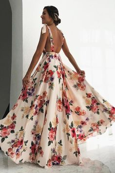 Sexy Floral Print Sleeveless V-Neck Backless Vintage Long Dress - ecofashionova Sexy Maxi Dress, Backless Maxi Dresses, Beach Dresses, Flower Dresses, Sexy Dresses, Bow Dresses, Cute Floral Dresses, Woman Dresses, White Maxi Dresses