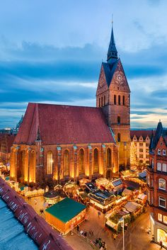 Christmas Market in Hannover, Germany by Michael Abid