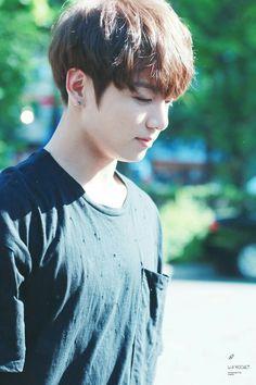 BTS 방탄소년단 || 160513 Music Bank || JungKook 정국