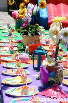 Alice-in-wonderland-first-birthday-party (1)
