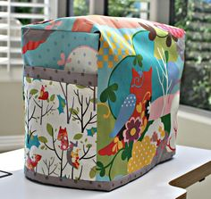 Cute sewing machine cover tutorial.