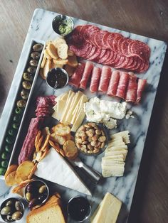 The perfect appetizer spread! Cheese & Charcuterie/grazing table (scheduled via … Snacks Für Party, Appetizers For Party, Appetizer Recipes, Appetizers Table, Food Platters, Cheese Platters, Cheese Table, Cheese Tray Display, Appetizer Table Display