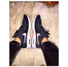 Nike Air max Thea black and white trainers @memyselfandmymolly