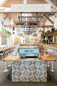 it's a cult favorite, and now it's in venice, california — the butcher's daughter is the spot for all things interior inspo, and healthy fare. the modern, free-spirited vibe fits into that abbot kinne