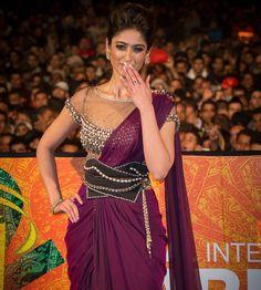 #Ileana D'Cruz looked stunning in a #Tarun Tahiliani