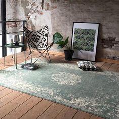 Rugs In Living Room, Interior Design Living Room, Home And Living, Living Room Decor, Interior Decorating, Bedroom Decor, Cosy Corner, Home Decor Inspiration, House Design