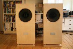 Altec 604 Small Speakers, Monitor Speakers, Diy Speakers, Built In Speakers, Speaker Building, Diy Amplifier, Floor Standing Speakers, Altec Lansing, High End Audio