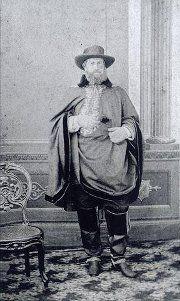 Petropolis Antiga.....Dom Pedro ll, em uniforme de companha durante a guerra do Paraguai....1865...