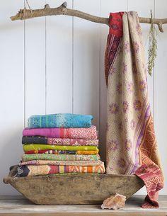 http://www.naturallife.com/blog/wp-content/uploads/2014/01/India-Blankets-1-low.jpg