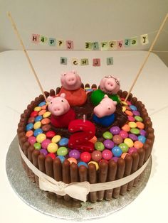 Candy Cake - a quick birthday cake for children with a WOW effect - Peppa pig muddy puddles chocolate birthday cake - Bolo Da Peppa Pig, Cumple Peppa Pig, Peppa Pig Birthday Cake, Birthday Candy, Diy Birthday, Torta Candy, Cake Candy, Peppa Pig Muddy Puddles, Mermaid Cakes