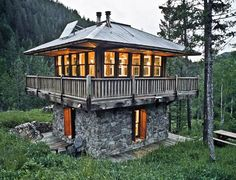 Judith Mountain Cabin, modeled after a forest fire lookout tower; designed by Prairie Wind Architecture