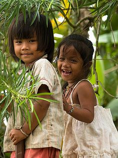 giggling girls, Don Det Island, Laos