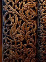 Деревянное зодчество: Резьба по дереву на ранних скандинавских церквях.