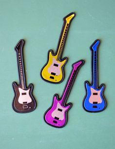 Electric Guitar Cupcake Toppers   Guitar cupcakes, Cake ...