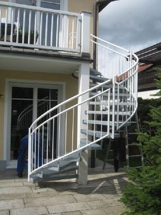 Staircase Design, Spiral Staircases, Stairs, Backyard, Stairways, Hand  Railing, Balcony Ideas, Lounge Seating, Conservatory