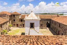Forte dos Reis Magos, em Natal, capital do estado do Rio Grande do Norte, Brasil. Ao centro está a capela do forte.  Fotografia: Ricardo Junior / www.ricardojuniorfotografias.com.br
