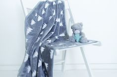 Kids plush blanket hand made by Kinderly - Colby plush blanket - Grey