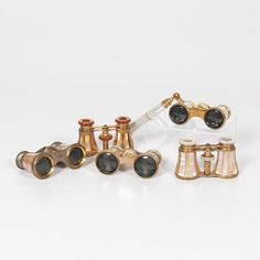 Mother-of-Pearl Opera Glasses (9/6/2014 - Cleveland Inaugural Auction: Live Salesroom Auction)