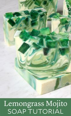 Learn how to make Lemongrass Mojito Soap in this step-by-step tutorial. Made with Lemongrass Mojito Fragrance Oil, it smells amazing! Diy Savon, Savon Soap, Homemade Beauty, Diy Beauty, Green Soap, Soap Tutorial, Homemade Soap Recipes, Soap Packaging, Diy Spa