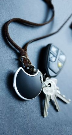 Never lose your keys again with these 10 useful gadgets! #thatseasier