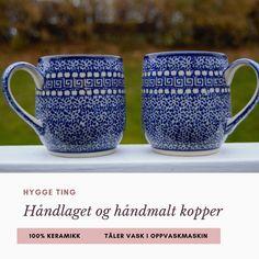 Ny håndlaget og håndmalt unik keramikk❣️ Kan vaskes i oppvaskmaskin.  Krus med❄️❄️❄️ Kapasitet 0,3 L Høyde 9 cm  Bruk hyggelig koppen til te, kaffe eller andre kosedrikker✨ Også Perfekt for gløgg og kakao❤️  #krus #kopp #håndlaget #keramikk #håndmalt #gjøvik #oppland #norge #gave #bursdagsgave #hyggehjem #vinter #lifestyle #slowlife Hygge, Mugs, Tableware, Dinnerware, Tumblers, Tablewares, Mug, Dishes, Place Settings