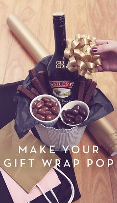Show off your wrapping skills with a bottle of Baileys® Original Irish Cream. Make sure to include chocolate ingredients for pairing with custom holiday cocktail recipes. And if you happen to get a drink as a thank you, everybody wins. Baileys Original Irish Cream, Baileys Irish Cream, Homemade Gift Baskets, Homemade Gifts, Holiday Cookie Recipes, Holiday Cocktails, Do It Yourself Home, Hampers, Gift Baskets