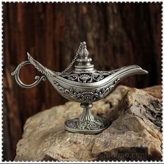 Cheap Cuento de hadas Aladdin lámpara mágica de color está demandando lámparas Tea Pot genio de la lámpara Retro Vintage juguetes para los niños de decoración del hogar regalos, Compro Calidad Artesanías directamente de los surtidores de China:             Silver Tin Aladdin Magic Lamp Bronze Colored Outdoor Lamps Tea Pot Genie Lamp Vintage Retro Souvenir cr