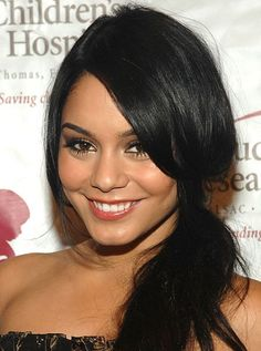 11 Five-Minute Summer Hair Ideas: Vanessa Hudgens wears a ponytail on the side. Braided Hairstyles Updo, Romantic Hairstyles, Fast Hairstyles, Everyday Hairstyles, Celebrity Hairstyles, Summer Hairstyles, Wedding Hairstyles, Updo Hairstyle, Wedding Updo