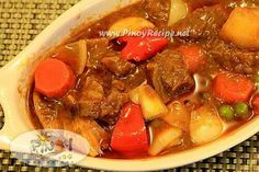 """Kalderetang Baka (Beef Caldereta or Filipino Beef Stew): Beef Caldereta"""" or """"Kalderetang Baka, the widely regarded special Filipino dish which earned the moniker Filipino Beef Stew from among the numerous Filipinos abroad. Kalderetang baka…whew!!! one of my favorite filipino dishes, If you use pork meat – its called menudo, if chicken – Its apritada…there are many type of cooking method of beef kalderata. saute or """"sinangkutsa""""..I've used the traditional one(sinangkutsa)…..Did you know that…"""