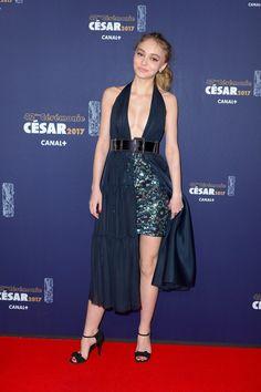 Lily-Rose Depp Fait une Arrivée Remarquée aux César