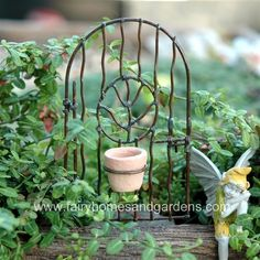 Miniature Vine Gate with Flower Pot