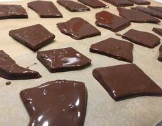 Sukkerfri DAIM !! Low Carb, Pudding, Candy, Chocolate, Baking, Desserts, Food, Tailgate Desserts, Deserts