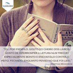 E qual é a sua relação com os livros? Nós aqui, adoramos! #BomDia em companhia da Cia.! :D