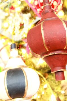 DIY Christmas Ornaments - Painted and waxed just like a piece of furniture!