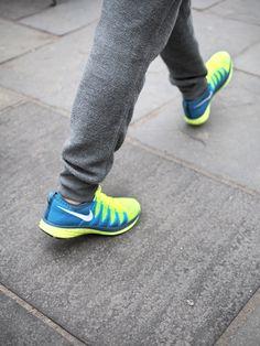nike-flyknit-lunar-2-shoe-fashion-running-06.jpg (450×600)