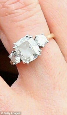 Meghan's Engagement Ring with stone from Princess Diana