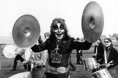 An Inside Look At The Bewildering Life Of Legendary Rocker Eddie Van Halen Peter Criss, David Lee, Eddie Van Halen, Gene Simmons, Rock Groups, The Fab Four, The Hollywood Reporter, Latest Music, Paul Mccartney