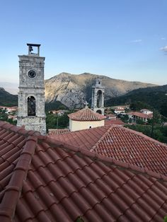 Day a drive of tournaments to reach the mountain village of Anavryti at 850 mt over sea level, quiet and boasting a great view over the plain. Only 50 permanent residents! Mountain Village, Sea Level, To Reach, Great View, Greece, Adventure, Building, Travel, Greece Country