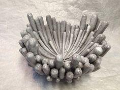 Atelier 2PK - Karin Welhuis Keramiek Clay Wall Art, Clay Art, Pottery Pots, Ceramic Pottery, Ceramic Pots, Ceramic Clay, Eva Hesse, Keramik Design, Pottery Handbuilding
