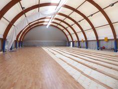 #Palestra Agil Volley Trecate: il nuovo #pavimento sportivo in #legno prende corpo