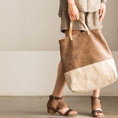 We use selected Cowhide Leather, Embroidered Linen and quality hardware to make the bag as good as it is. This bag is perfect as your everyday bag, which can Buy Bags, Women's Bags, Structured Bag, Cheap Bags, Everyday Bag, Cowhide Leather, Canvas Tote Bags, Reusable Tote Bags, Purses