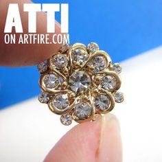 $6 Round Floral Art Nouveau Rhinestone Floral Simple Stud Earrings