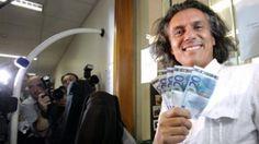 فرانس میں حکام کے شدید دباؤ کے باوجود نقاب پر پابندی کی مد میں الجزائری کتنی رقم ادا کرچکا ہے ؟
