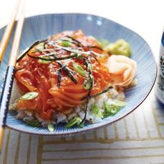 Sukimi don (Bol de riz vinaigré et poisson cru)