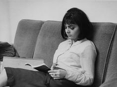 Why Aren't Teens Reading Like They Used To? / Jenniffer Ludden + NPR | #readytoread #socialreading