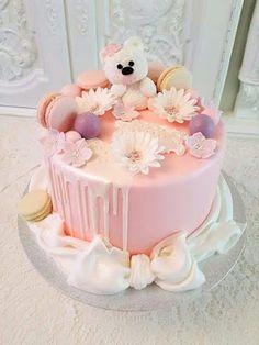 Purppurahelmi: 1-v kakkua valkoisella nallella Cake Decorating, Decorating Ideas, Birthday Cakes, Cake Ideas, Party, Desserts, Kids, Food, Tailgate Desserts