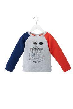 Little Marc Jacobs voit la mode en bleu-gris-rouge cet été 13.   Très frenchy ;-)